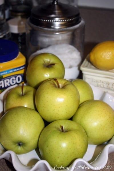 Cheddar Cheese Apple Pie - Apples   Cooking In Stilettos