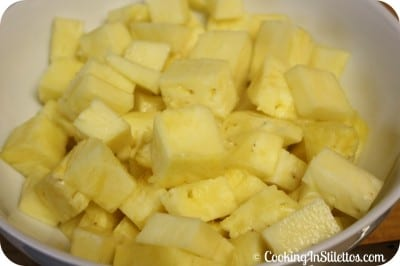 Fresh Pineapple Chunks