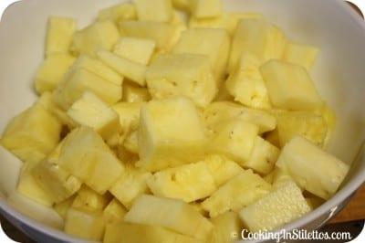 Fresh Pineapple Chunks