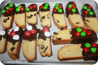 Deck-The-Halls-Biscotti-Decorated