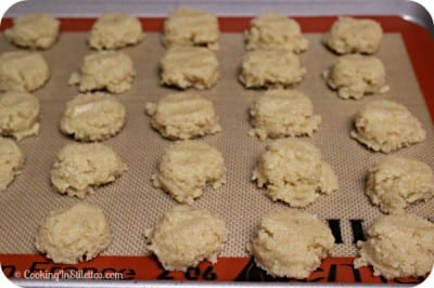 Homemade Amaretti Cookies - Off to the Oven | Cooking In Stilettos