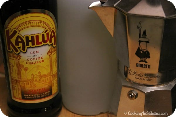 Kahlúa Vanilla Espresso Martini - Ingredients | CookingInStilettos.com