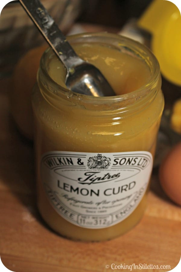 Lemon Meringue Muffins - The Secret Ingredient - Lemon Curd | Cooking In Stilettos