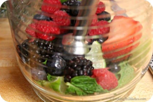 Berry Thyme Spritzer - Muddle | CookingInStilettos.com