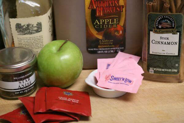 Hot Apple Cider Chai Tea - Ingredients | Cooking In Stilettos