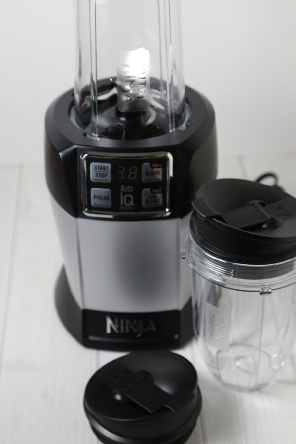 Holiday Box - Nutri Ninja Autu IQ Blender | CookingInStilettos.com