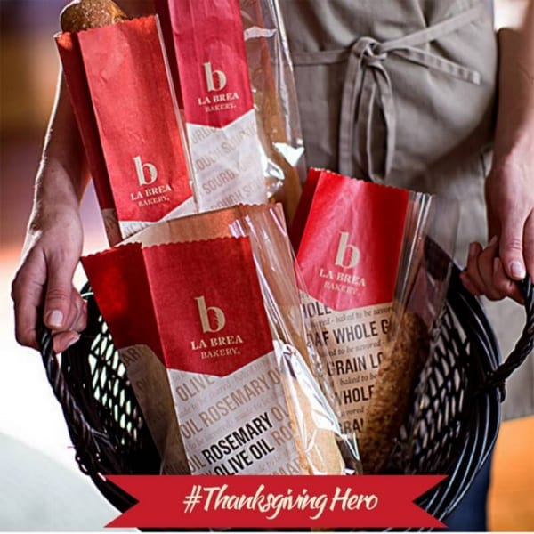 La Brea Bakery is Celebrating the #ThanksgivingHero this holiday season. Find out more and nominate your #ThanksgivingHero today! #sponsored | CookingInStilettos
