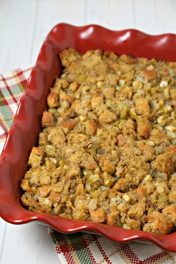 The Best Thanksgiving Stuffing Recipe from CookingInStilettos.com - stuffing or dressing - the eternal debate goes on. This classic from scratch recipe needs to be on your holiday table.