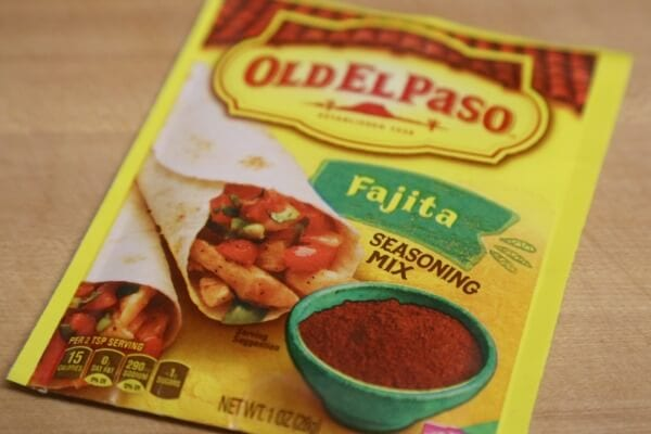 Chicken Fajita Queso Fundido - Fajita Seasoning Mix   CookingInStilettos.com