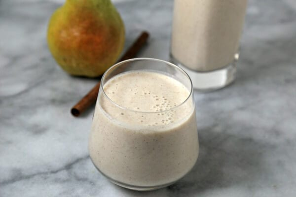 Cinna-Pear Smoothie | CookingInStilettos.com