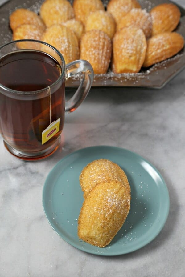 Lemon Ginger Tea Infused Madeleines | CookingInStilettos.com
