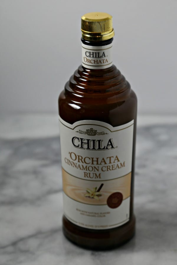 Chila 'Orchata Mini Bundt Cakes - Chila 'Orchata Liquor | CookingInStilettos.com