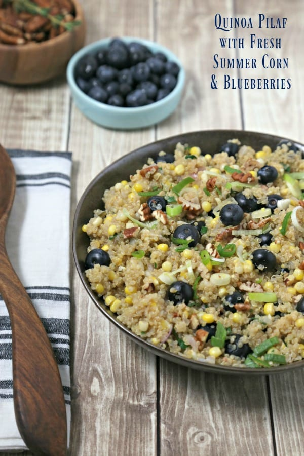 Quinoa Pilaf with Fresh Summer Corn and Blueberries from CookingInStilettos.com is the perfect summer side dish. Packed with the flavors of summer with sweet summer corn and ripe blueberries and accented with crunchy pecans, this quinoa pilaf will be a family favorite | Quinoa | Pilaf | Summer | Blueberries | Thyme | Picnic