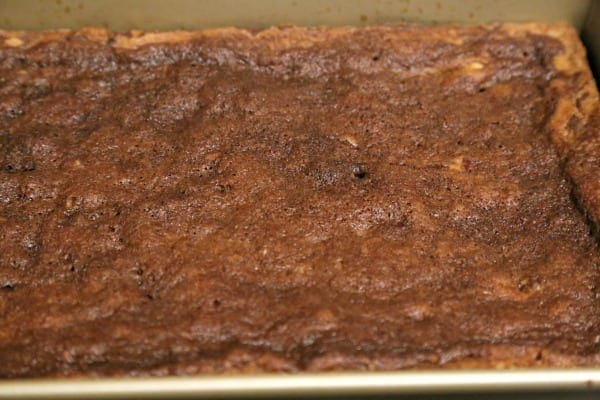Bacon Chocolate Chunk Blondies With Salted Chocolate Caramel - Ready to Cool | CookingInStilettos.com