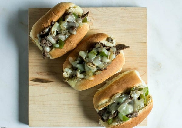 Delicious Dishes Recipe Party - Favorite Comfort Foods- Mini Philly Cheesesteak Sandwiches from TOTS Family   CookingInStilettos.com