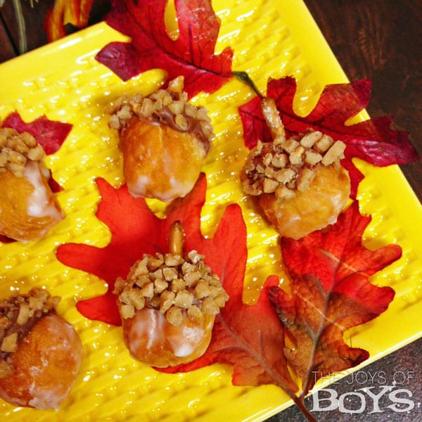 Delicious Dishes Recipe Party - Pie Recipes - Fun Last Minute Thanksgiving Treats- Acorn Donuts from The Joys of Boys | CookingInStilettos.com
