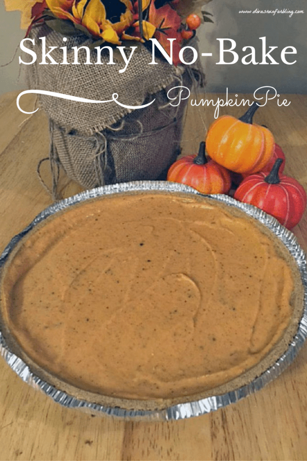 Delicious Dishes Recipe Party - Pie Recipes - Skinny No Bake Pumpkin Pie from Divas Run From Bling  | CookingInStilettos.com