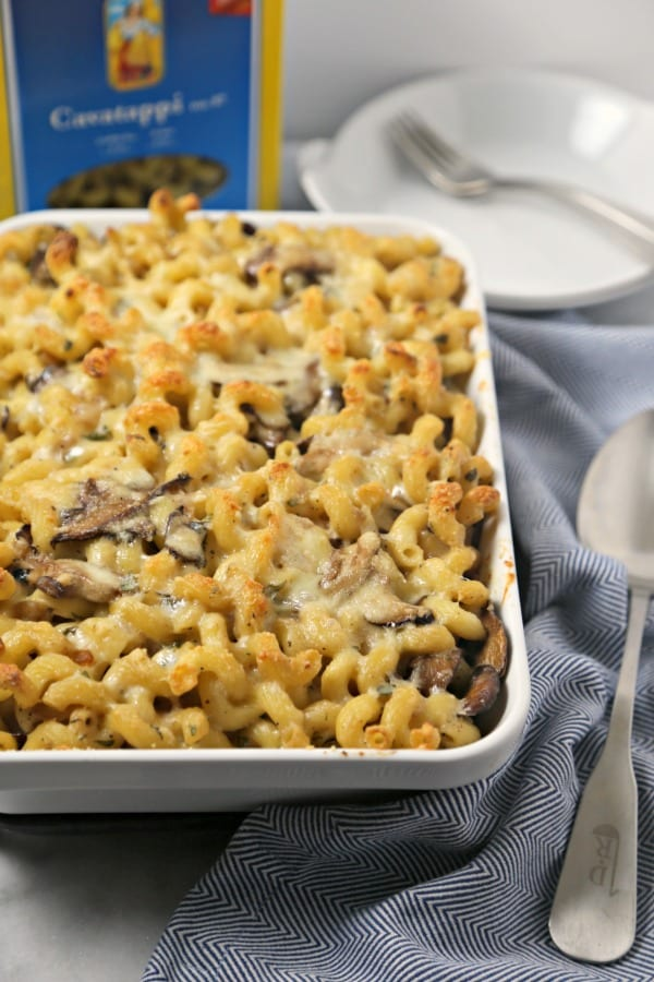 This Three Cheese Baked Mushroom Pasta from CookingInStilettos.com is a chic, comforting vegetarian dish with De Cecco cavatappi pasta layered with two kinds of mushrooms & a creamy cheese sauce, baked to perfection. This baked pasta is perfect for Meatless Mondays.