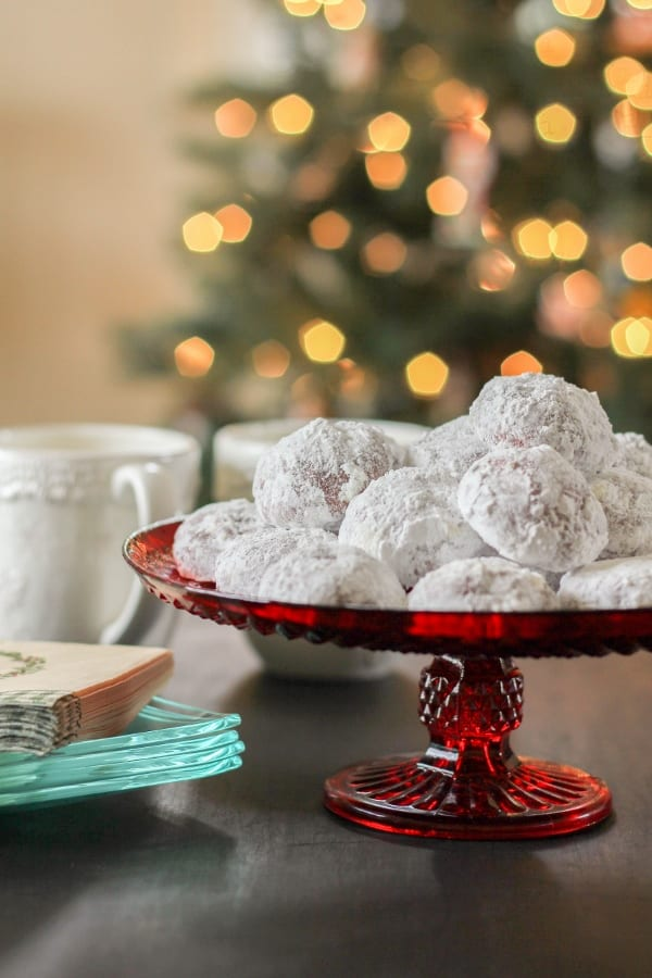 Delicious Dishes Recipe Party - Christmas Breakfast Recipes - Red Velvet Snowball Cookies from the Chef Next Door | CookingInStilettos.com