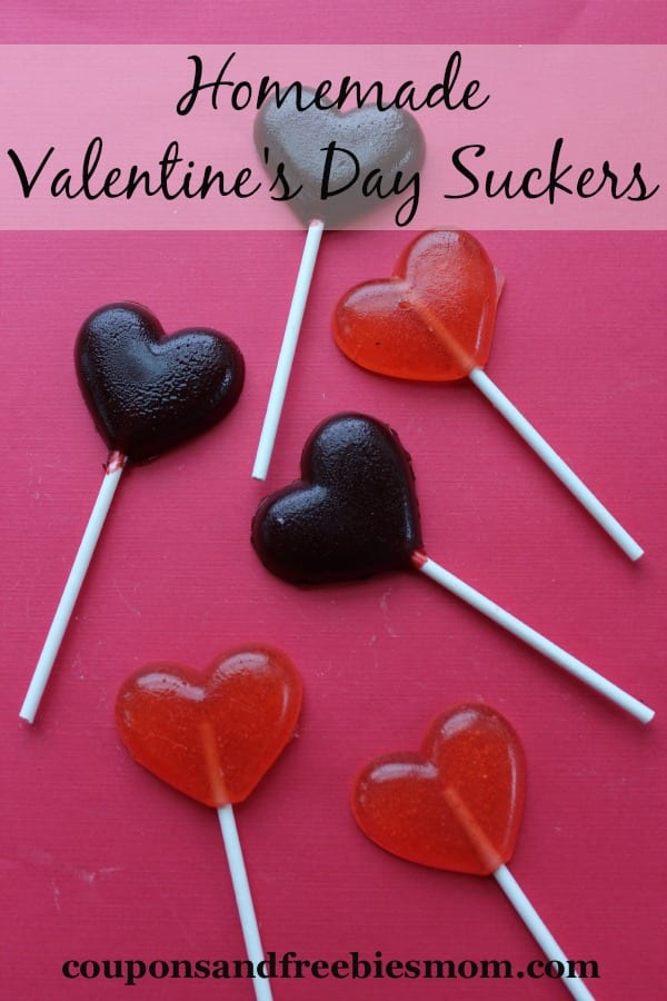 Delicious Dishes Recipe Party - Valentine's Day Recipes - Homemade Valentine's Day Suckers from Coupons and Freebies Mom | CookingInStilettos.com