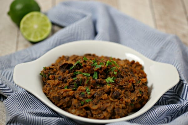 Refried Black Beans from CookingInStilettos.com are so easy to make in about 15 minutes and are packed with flavor, perfect for taco night. Beans | Side Dish | Mexican | Made from Scratch | Vegetarian | Easy Recipe