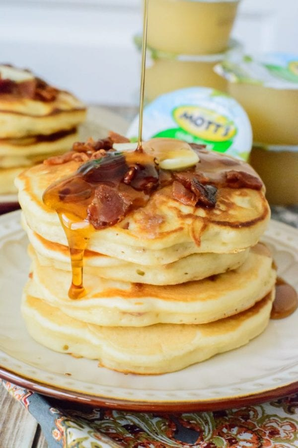 Delicious Dishes Recipe Party - Breakfast Recipes - Maple Bacon Pancakes from Almost Supermom | CookingInStilettos.com