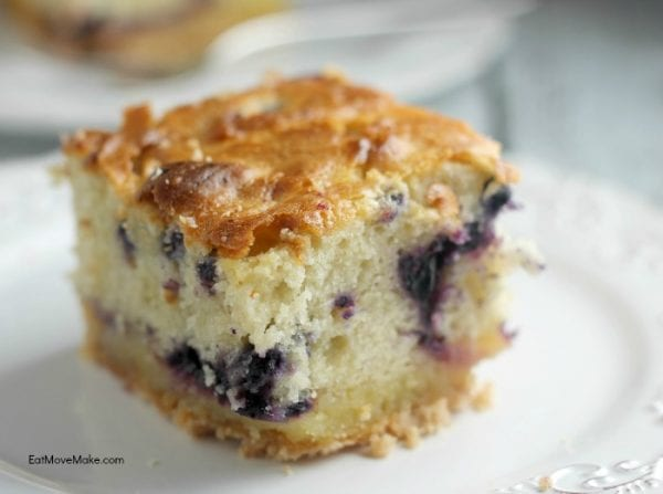 Delicious Dishes Recipe Party - Salad Recipes - Blueberry Lemon Coffee Cake from Eat Move Make | CookingInStilettos.com